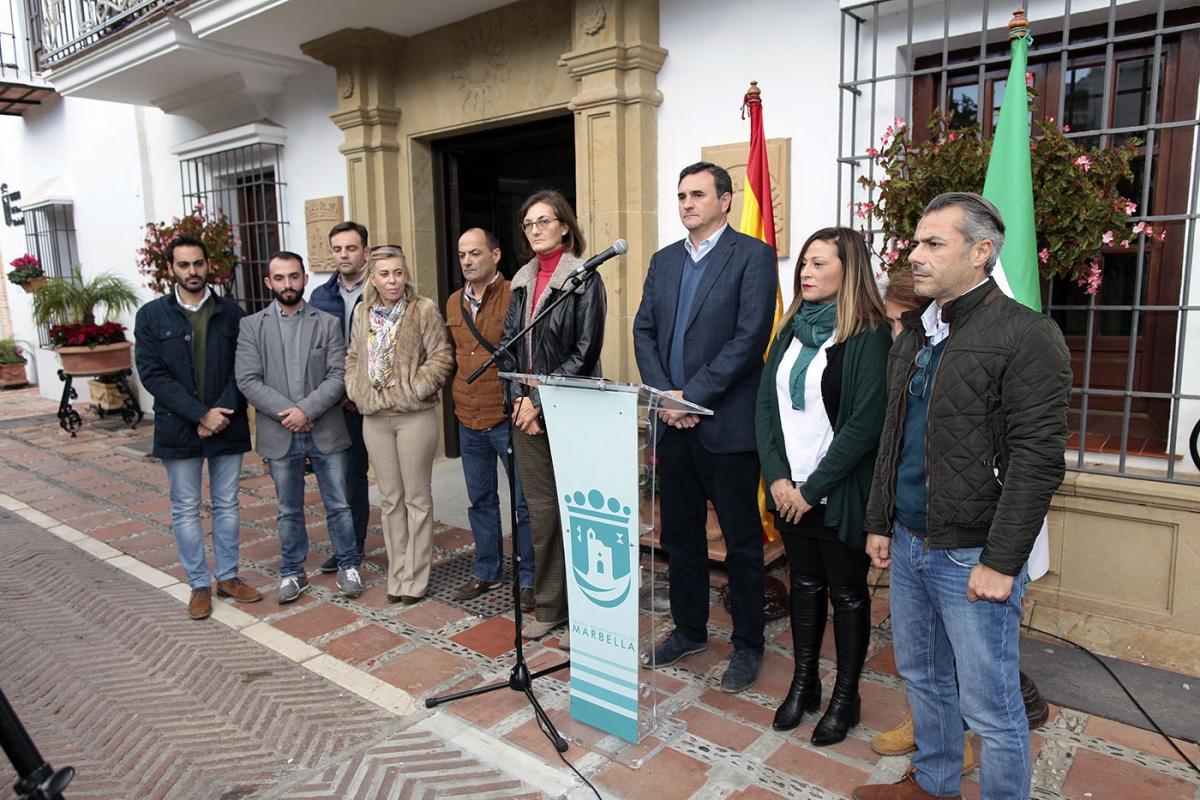 El Ayuntamiento rinde homenaje al 'Hijo de Andalucía', Manuel José García Caparrós